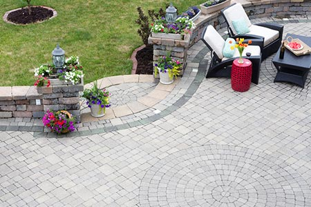 Create a great spot for outdoor entertaining with this service. We supply hard-wearing materials that make long lasting impressions to give you a decorative, practical and welcoming area that every garden needs.